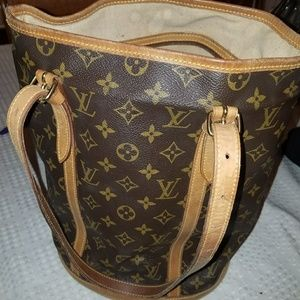 Louis Vuitton vintage bucket bag